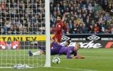 Salah giải hạn Liverpool vẫn suýt mất điểm trước Huddersfield