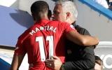 3 điều Mourinho cần làm để giữ mạch bất bại: Tin vào gà son Martial