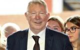 Sir Alex tươi tắn dẫn dắt Solskjaer, Scholes đấu huyền thoại Bayern Munich