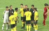 SỐC! Thua Việt Nam, cả đội hình Malaysia làm điều điên rồ sau trận