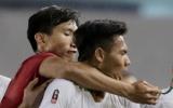 Vì sao Văn Hậu không bị phạt dù kẹp cổ cầu thủ U22 Indonesia?