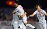 NÓNG! Ghi bàn hạ U22 Singapore, Đức Chinh liền bị 'sờ gáy'