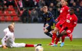 Rượt đuổi ngoạn mục, Arsenal chính thức đi tiếp tại Europa League