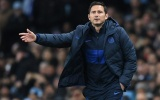 Cuỗm sát thủ ghi 19 bàn/21 trận, Chelsea vấp sự truy cản của Mourinho