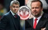 Man Utd 'xử đẹp' Chelsea, Ed Woodward đùa cợt gây sốc với Ole