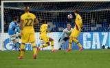 Khiến Ter Stegen chôn chân, sao Napoli sánh vai cùng Hamsik và Maradona