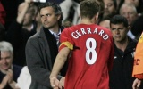 Gerrard và mùa hè sóng gió trước lời mời gọi từ Chelsea