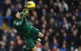 Khủng hoảng trong khung gỗ, Chelsea cầu cứu Petr Cech