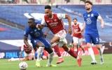 Aubameyang quá tinh ranh, Jorginho ngán ngẩm càu nhàu với 1 đồng đội trên sân