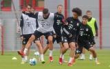 'Chân sút số 1 World Cup' xuất hiện, Bayern miệt mài tập luyện trước trận Chelsea