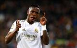 Tìm 'phương án B' cho Sancho, Man United gõ cửa Real Madrid