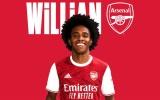 CHÍNH THỨC: Willian gia nhập Arsenal, hưởng lương kém mỗi Ozil