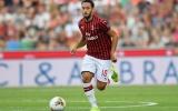 Man Utd mua Calhanoglu: Một mũi tên trúng hai 'con nhạn'