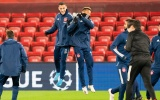 Dàn 'hàng hot' châu Âu tươi cười tập luyện trên sân Anfield