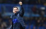 CĐV Chelsea: 'Tuyệt vời; Xuất sắc; Hãy mang cậu ấy trở lại Premier League'