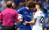 Chelsea 2-3 Burnley: Trọng tài giết chết trận đấu