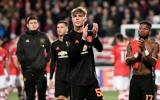 Fan Man Utd: 'Chúng ta đã thổi phồng cậu ấy rồi'