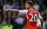 Hậu vệ Arsenal gây sốc khi có tên trong ĐHTB Premier League sau 12 vòng