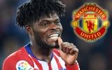 Tung 45 triệu, Man Utd sẵn sàng xé đôi hợp đồng 'quái vật' Atletico Madrid