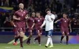 Messi trở lại nhạt nhòa, Argentina nhận thất bại lịch sử