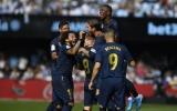 Hàng công thay nhau tỏa sáng, Real gửi lời thách thức Barca sau chiến thắng trọn vẹn