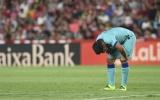 Chấn động ở Los Cármenes, sự trở lại của Messi không cứu nổi Barca thảm hại