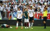 Đức có bốn ngôi sao trên ngực áo, nhưng lại không có ngôi sao nào trên sân