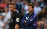 Bị VAR quay lưng, Tottenham thua sốc trên sân nhà