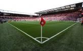 Lần đầu tiên điều này diễn ra tại - CĐV Liverpool nói gì?
