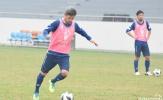 'Cầu thủ già nhất thế giới' sung sức trong buổi tập của Yokohama