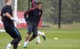 Neymar cùng đồng đội tập luyện dưới cơn mưa tầm tã