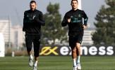 Ronaldo song hành với Benzema trên sân tập