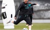 Benzema cô đơn tại Madrid