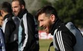 Messi cười thả ga trong buổi tập của Argentina