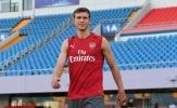 Fan Arsenal lo sốt vó vì sắp mất sao mai: 'Cậu ấy tốt hơn Mustafi'