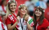 Fan nữ nóng bỏng của Ba Lan, Colombia 'đốt cháy' các SVĐ tại Nga