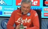Phản ứng khó đỡ của Ancelotti với hành vi 'ngông cuồng' của Mourinho