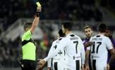 Vừa ghi bàn, Ronaldo đã bị dính thẻ và rời sân