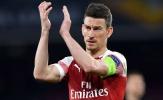 Olivier Giroud: Laurent Koscielny đang đau đớn vì 'mũi tên' của Arsenal