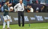SỐC! Messi hành xử không thể tin nổi với HLV Brazil trong ngày đoạt cúp