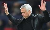 SỐC! Nhắn tin chủ tịch Tottenham, 'lão làng' Premier League vẫn bị Mourinho đoạt ghế