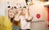 'Búp bê' Sharapova nhí nhảnh đi bán chocolate