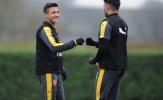 Chùm ảnh: Dàn sao Arsenal cười tươi trong tâm bão