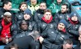 Pogba & Ibra dự bị, Man United lập kỷ lục khủng