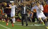Marc Bartra và Iker Casillas 'khẩu chiến' trên MXH