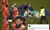 Cầu thủ Wales cười tươi sau khi đồng đội đạp gãy chân đối thủ