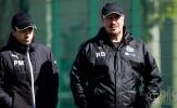 Chuẩn bị trở lại Ngoại hạng Anh, Benitez và các học trò không thể 'ngừng cười'