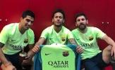 Neymar bắt chước pha ăn mừng 'phơi áo' của Messi