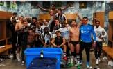 Sao Newcastle 'quẩy' tưng bừng sau khi lên hạng