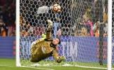 Tương lai Donnarumma: Raiola 'chơi chiêu', Man Utd mừng thầm?